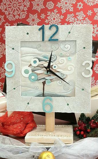 """Fuori Catalogo """"La Notte Porta Scompiglio"""": orologio da parete 40x40 cm"""