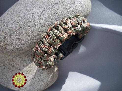 Mens Survivalist Paracord Bracelet