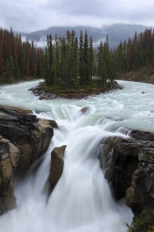 Sunwapta falls
