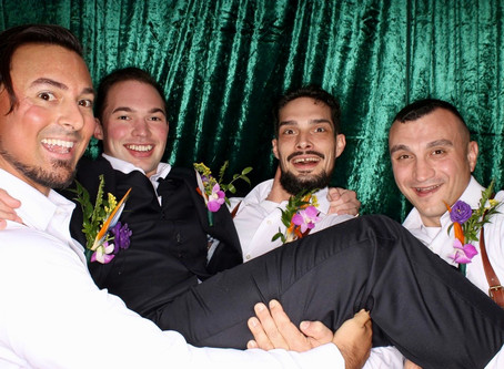Grooms, Just want to have fun!