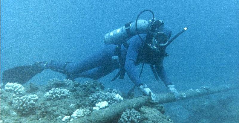 Talking Under The Sea