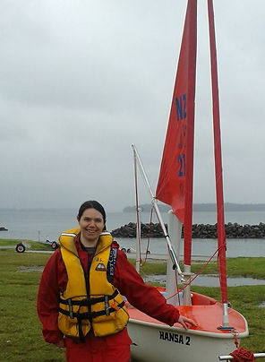 Alice in Red Hansa_Sailability Ambassado