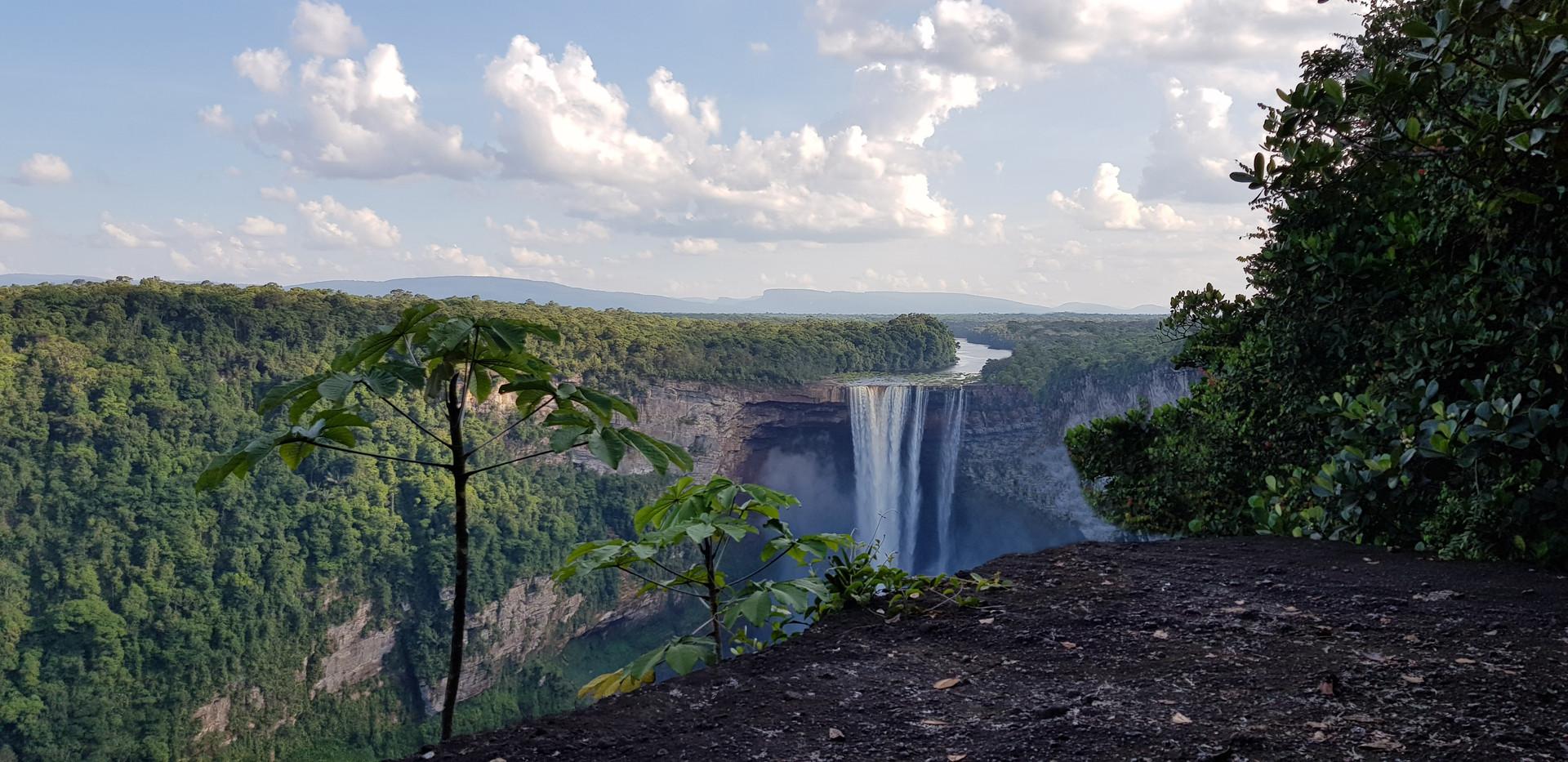 Kaiteur Falls 4.jpg