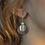 Thumbnail: Brinco Encontro pequeno com pérola biwa