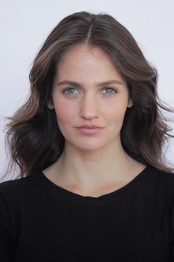 Paula Felvinczi (6)