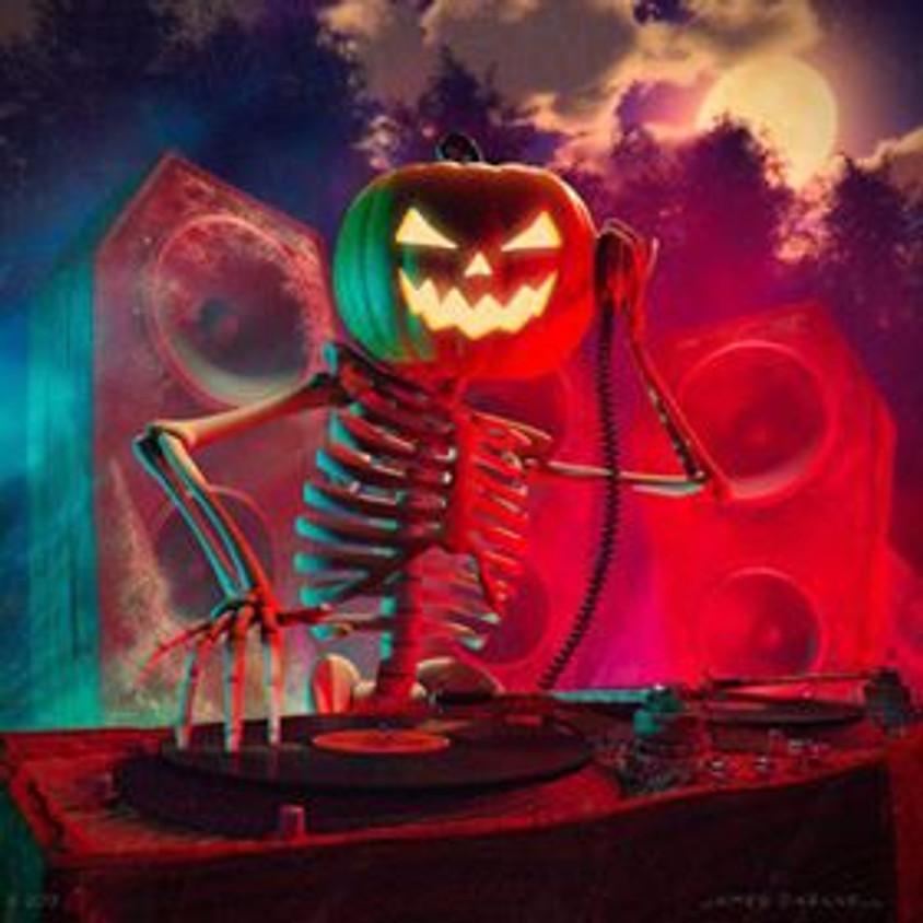 Old Skool Halloween With DJ Shaun Neal