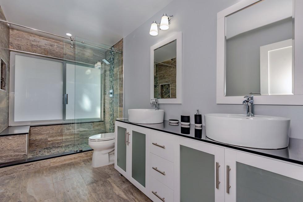 Custom Master Bathroom Remodel with Wrap-Around Shower Bench & Shower Niche