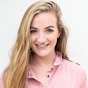 Samantha Russell Headshot 2019 (427x640)