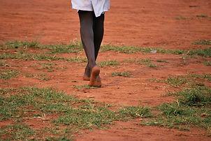 africa-walk-barefoot-960x642.jpg