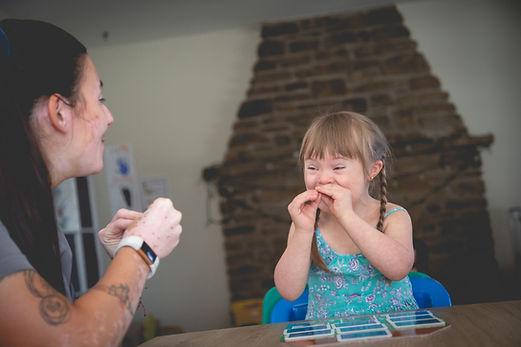Soutien et intervention pour enfants à besoins particuliers chez Nala et Ciboulette