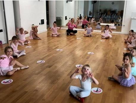 Primary Ballet class.jpg