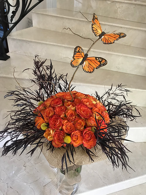 Hand Bouquet With Butterfly Decorations 50 Roses