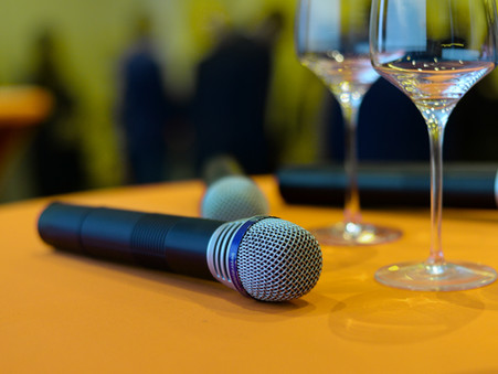 Who is an Entertainment Speaker