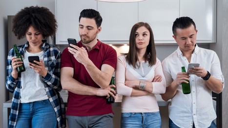 How Smartphone Addiction can Destroy Social Behavior
