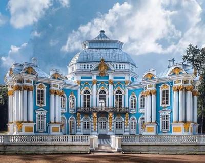 Пушкинский дворец.jpg