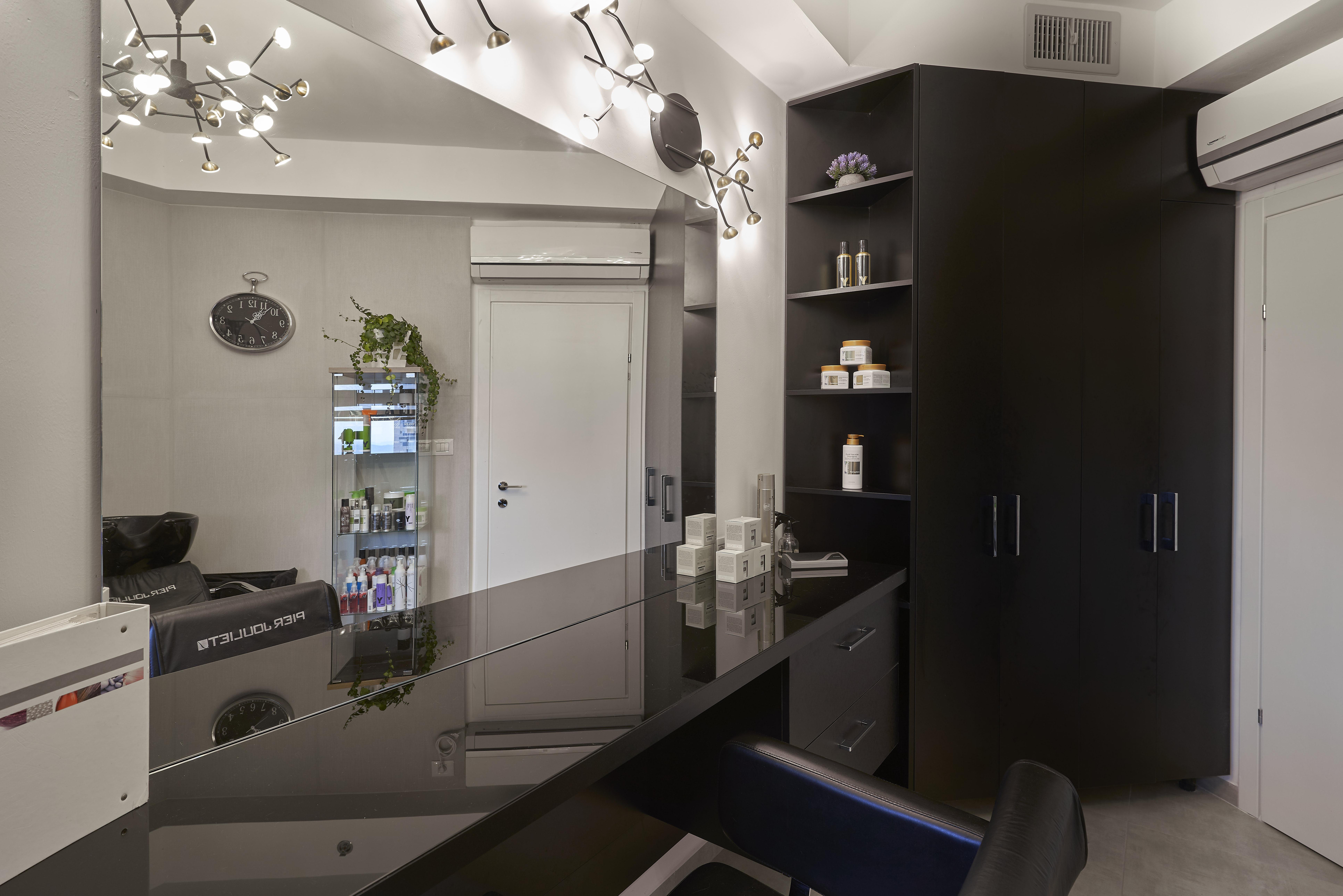 Lighting in Barbershop Design, תאורה בעיצוב מספרה