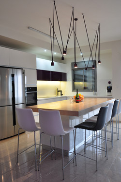Island in the kitchen with lighting