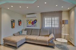 Living room sitting area, ספה בסלון