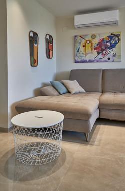 Sofa in the living room, ספה בסלון