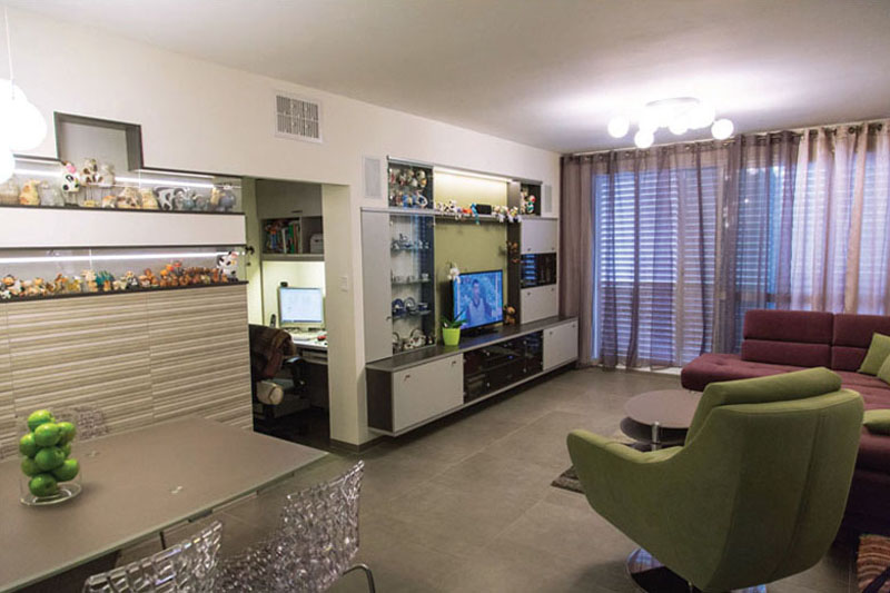 Niches in TV wall design