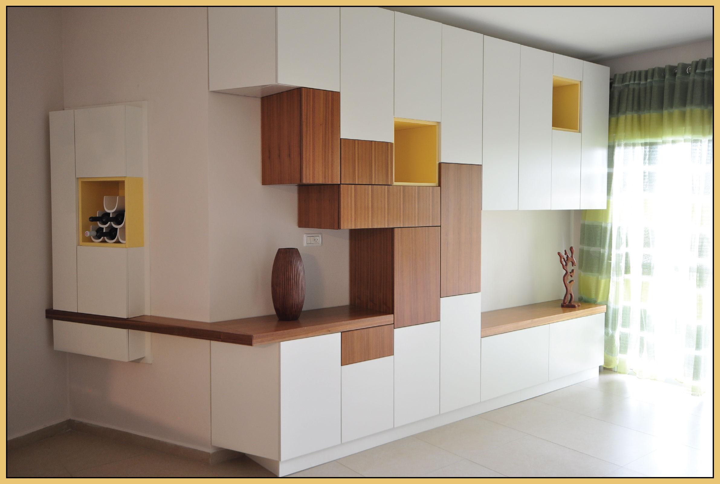 Corner storage shelves