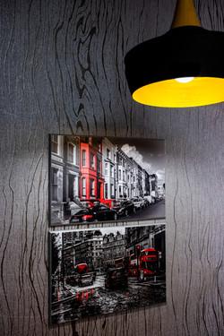 Wallpaper decor in the kitchen