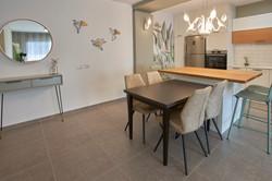 Wallpaper in the kitchen, טפט במטבח