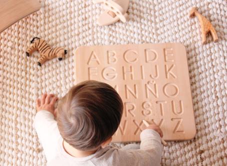 Elementos para aprender a escribir y a contar con el método Montessori