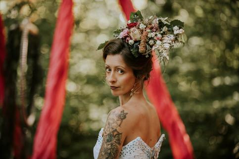Natural Bridal Makeup with Vintage Wedding Hair