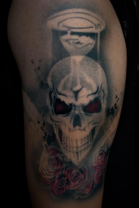 skulls and roses airbrush tattoo