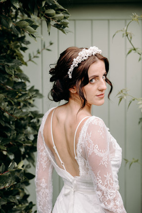Vintage inspired wedding hair and airbrushed makeup