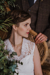 Natural Bridal Hair and Makeup using earthy tones. Mazz Loxton, Hair and Makeup Artistry, Sheffield