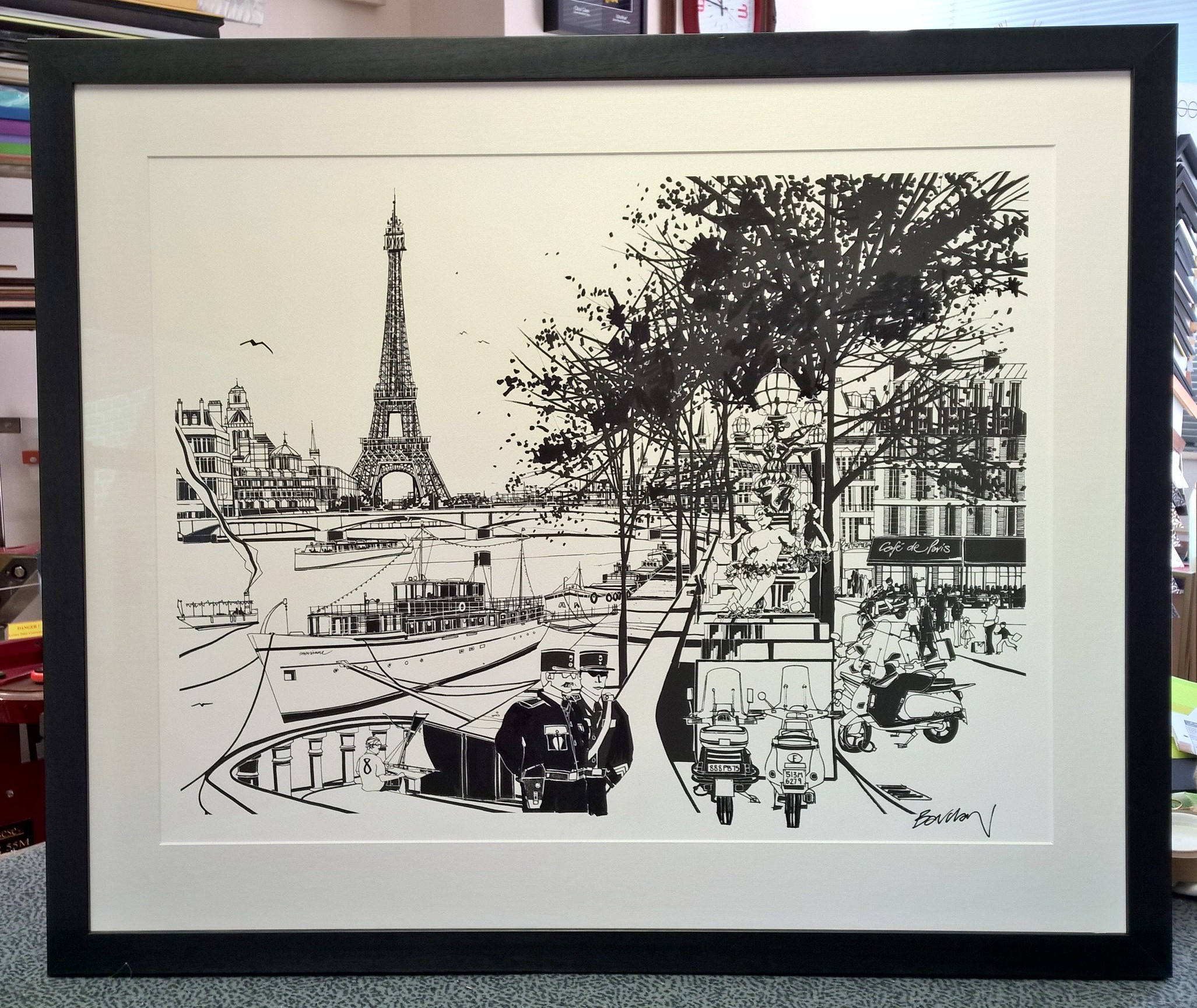 Black Pen Parisian scene