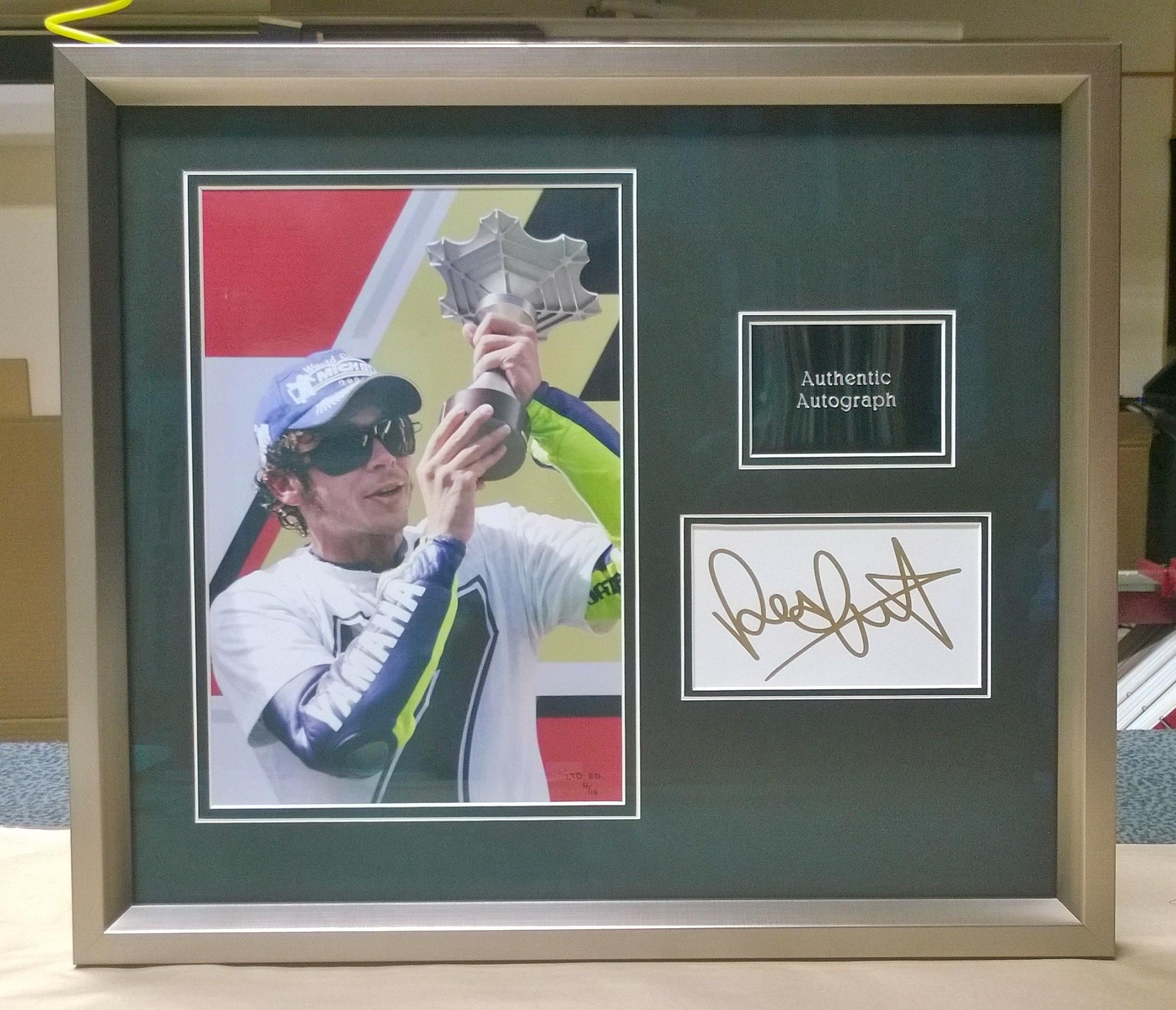Signed Sporting Memorabilia