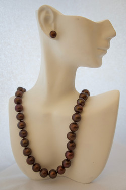 Brown Cultured Pearls