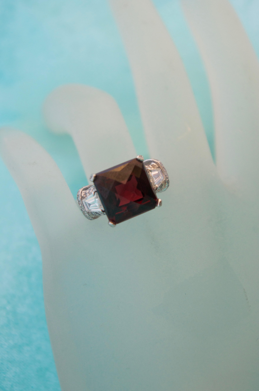 Garent & Diamond Ring Platinum