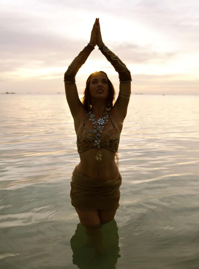 Schirin Divine Dancer-26.jpg