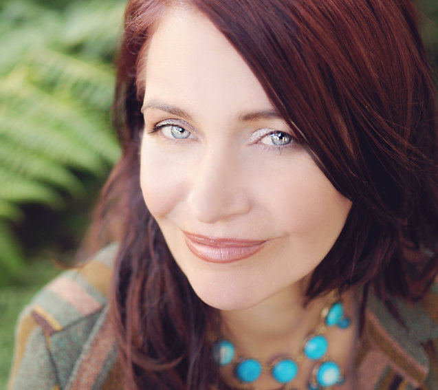 Author Sarah Drew