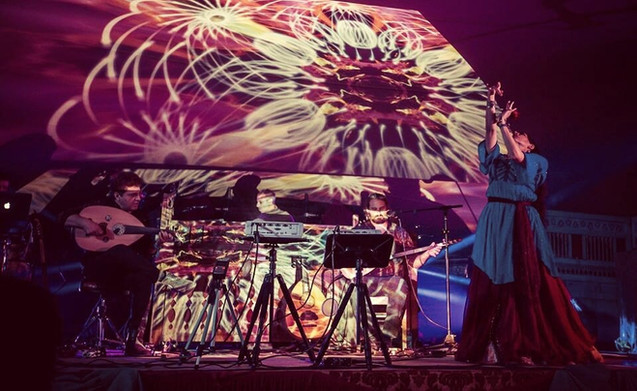 Electro acoustic mystical music karavan