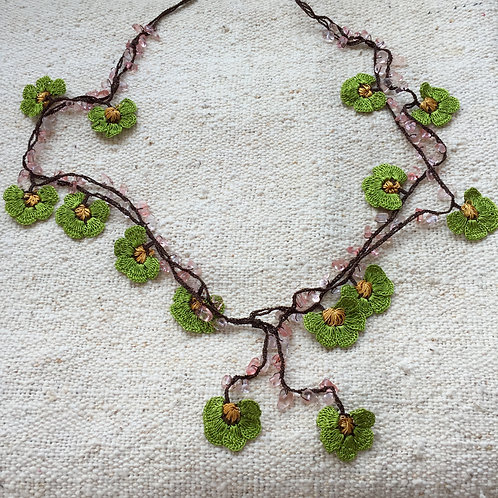 Handmade Necklace - Pistachio