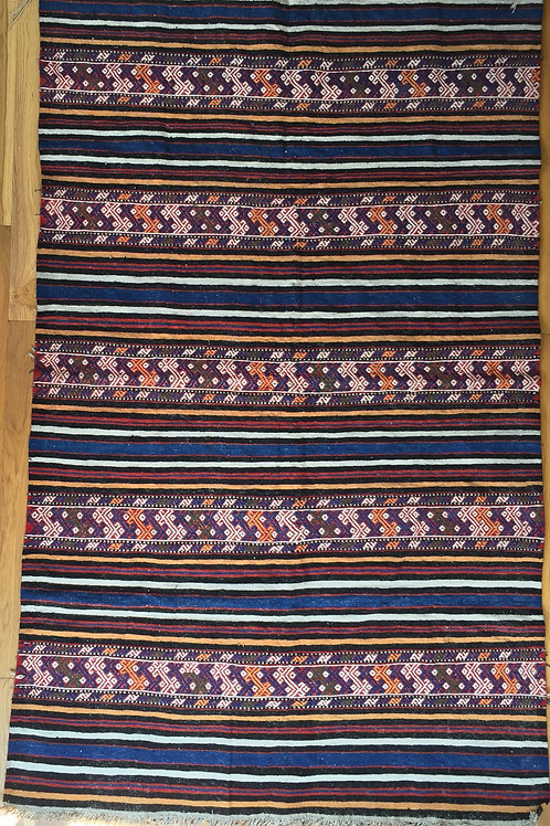 Kilim with bright colors!