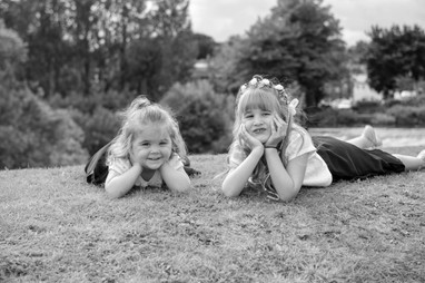 Young bridesmaids cute black and white photo idea