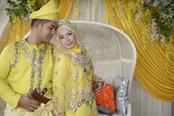 asian couple wedding ceremony. love each