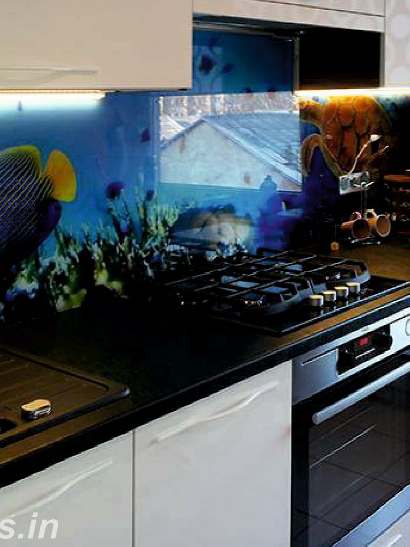 Aquarium Kitchen Splashback