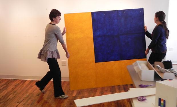 RSM NancySimonds,Beacon of Color,handlin