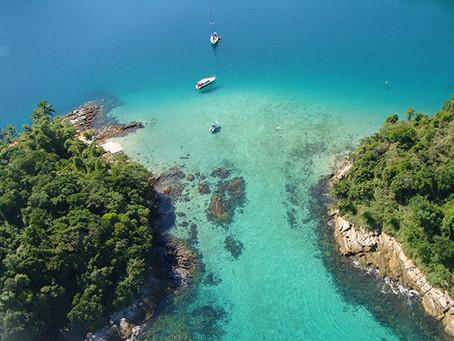 ilha grande. de barco ou a pé?
