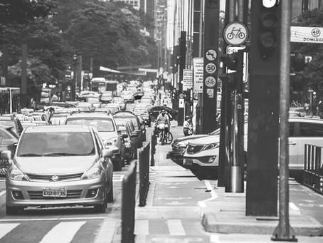 o trânsito não é os outros