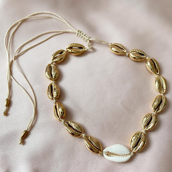 Shelly Necklace - Gold