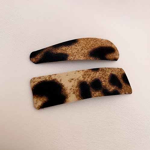 Leopard Snaps