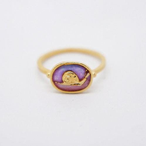 Tiny Snail Cameo Ring